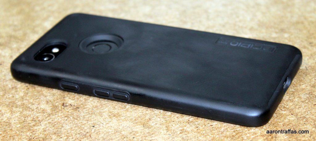 Pixel 2 XL with Incipio DualPro case